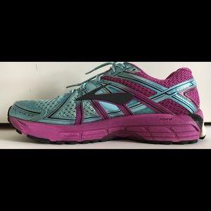 BROOKS Women's GTS 17 Sz 9.5 Athletic Shoe